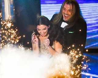 Победителката в X Factor Християна Лоизу побърка фенове