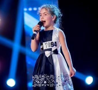 """6-годишната Елица накара журито на """"Талантите"""" да онемее"""