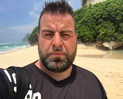 Почина ТВ водещият Роро Кавалджиев