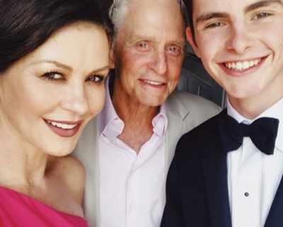 Синът на Катрин Зита-Джоунс и Майкъл Дъглас е ...