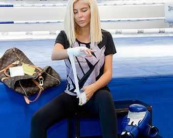 Андреа се качи на ринга