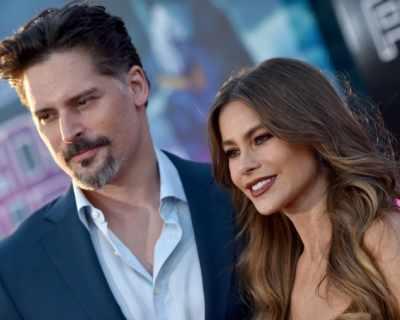 София Вергара и Джо Манганиело на премиерата на ...