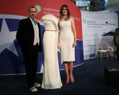 Мелания Тръмп подари роклята си от инагурацията на ...