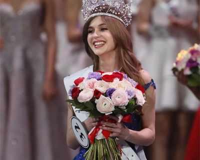 """Алина Санко е новата """"Мис Русия 2019"""" - СНИМКИ"""