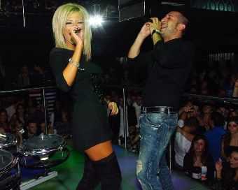 Андреа замести Преслава на купона с Трио БИК