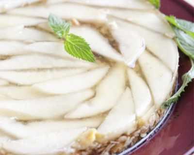 Бадемова торта с круши
