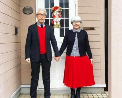 Мъж и жена, женени от 37 години, се обличат еднакво ...