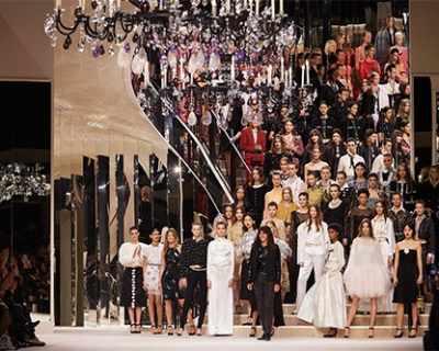 Първо самостоятелно ревю на Виржини Виар за Chanel
