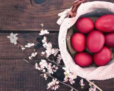 Първото яйце станало червено в Рим