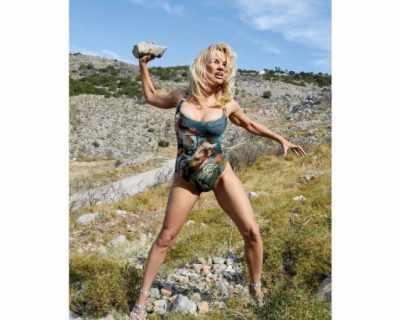 Памела Андерсън е новото рекламно лице на Vivienne Westwood