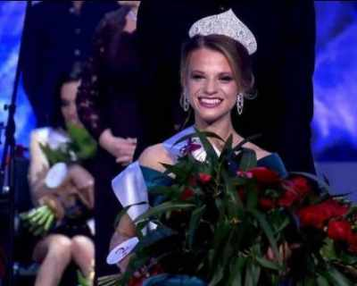 """Момиче от Беларус стана първата """"Мис Инвалиден ..."""