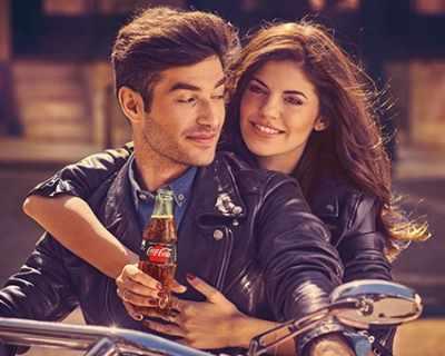 Coca-Cola с нова визуална идентичност за България