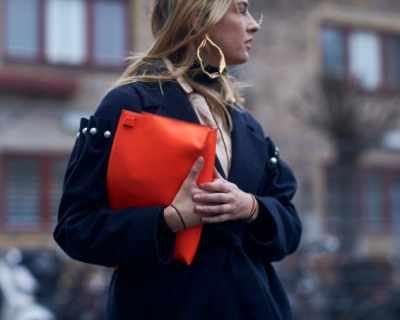Обици халки – новата мания на street style визиите