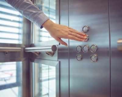 Най-бързият асансьор в света развива 75,6 км/ч