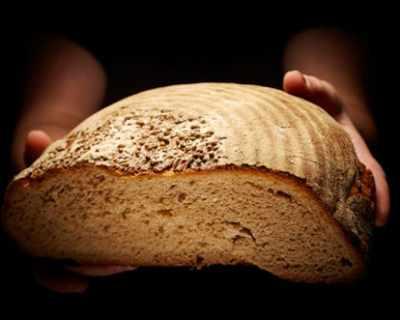 Диетолози: Яжте повече хляб през зимата