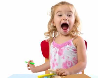 Детето на 2 години - какво трябва умее?