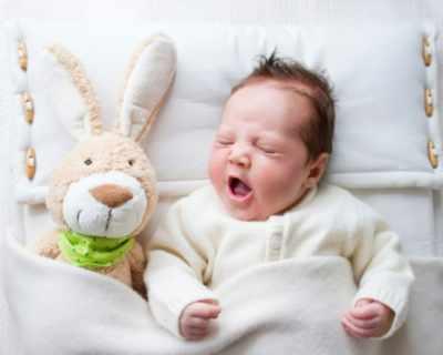 Първата играчка на бебето
