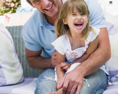 Бащите да играят с децата, а майките - да ги гледат
