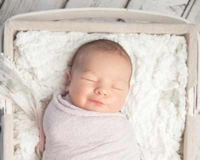 Рискът от внезапната детска смърт намалява в спалнята на родителите