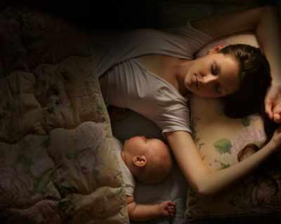 Нощното хранене на бебето
