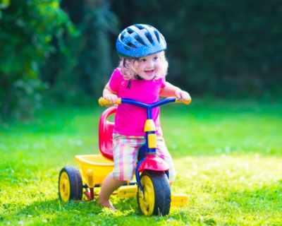 Първи уроци по... каране на колело