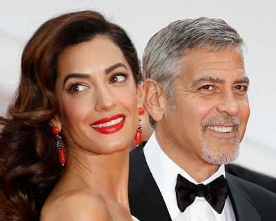 Семейство Клуни планира да помогне на над 3000 деца на сирийски бежанци