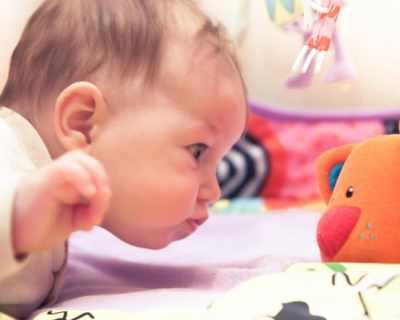 Първи полезни игри за бебето