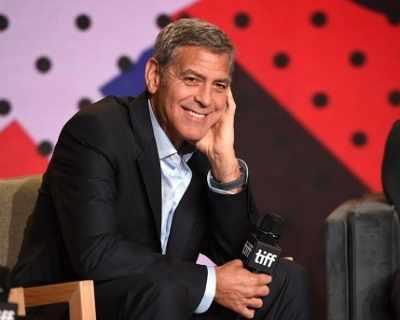 Близнаците изтощават Джордж Клуни