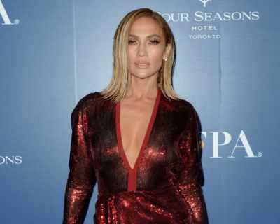Дженифър Лопес стана лице на моден бранд