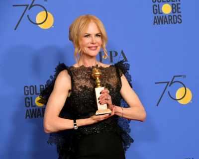 Кой иска роклята на Никол Кидман от Златните глобуси?