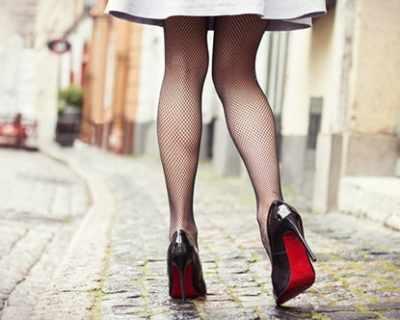 Три години носене на токчета уврежда краката