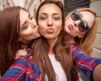 8 начина да се харесаш на всеки (доказано работи)