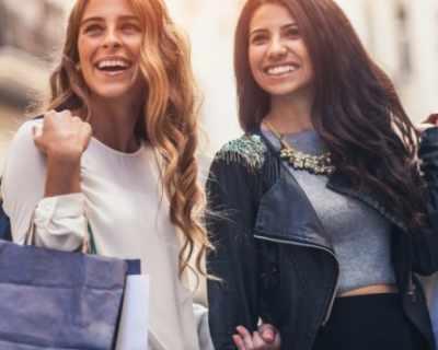Влез в модния гардероб на ELLE в The Mall!