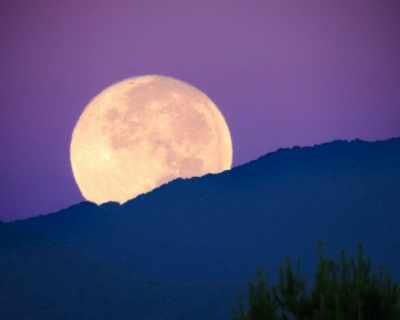 Менюто зависи от Луната