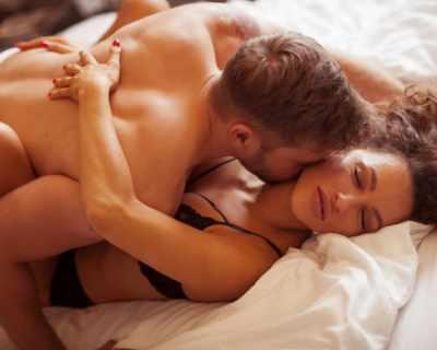 5 секс пози, ако стигаш трудно до оргазъм