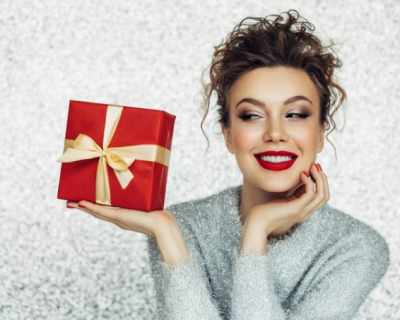 Коледен бюти шопинг: най-добрите грим комплекти