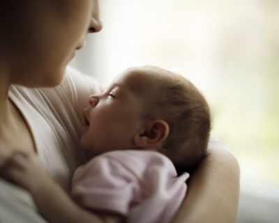 Как да се справим с бебешките колики?