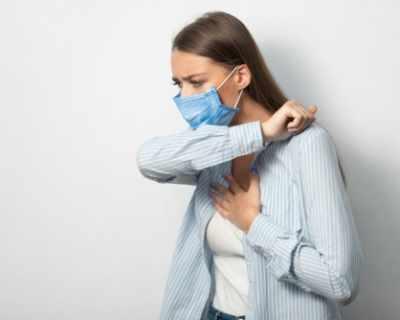 Честото кихане: Симптом на коронавируса при ...