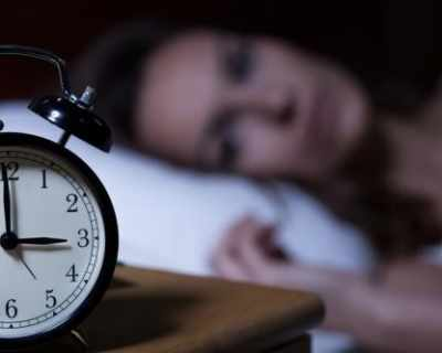 Какво значи, ако се събуждате по едно и също време ...