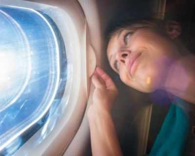 Пет неща, които не бива да пипате в самолета