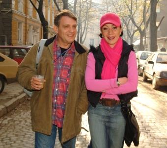 Кака Лара се развежда със съпруга си Владо