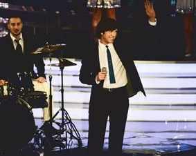 Калин Врачански загрява с филм на Елвис Пресли
