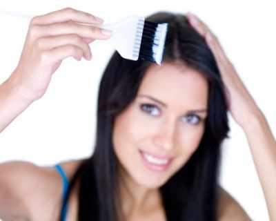Как да премахнем петната от боя за коса по кожата?