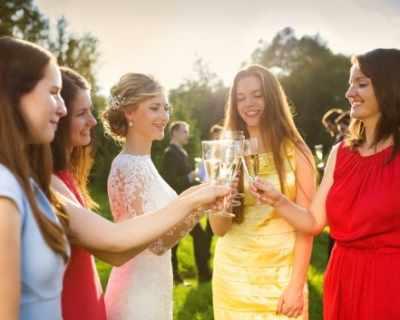 Гост на лятна сватба - какво да (не) обличаме