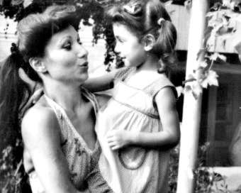 Майката на Мария Илиева с емоционален поздрав за РД