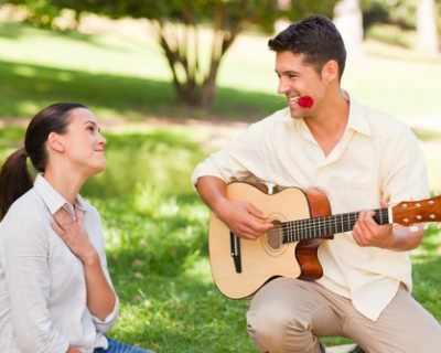Мъжете с китара привличат жените
