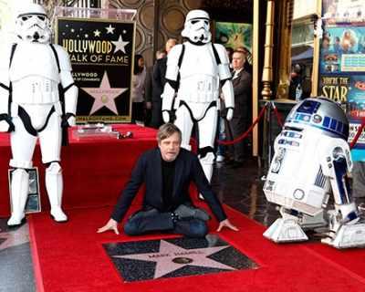 Люк Скайуокър получи звезда на Земята - СНИМКИ