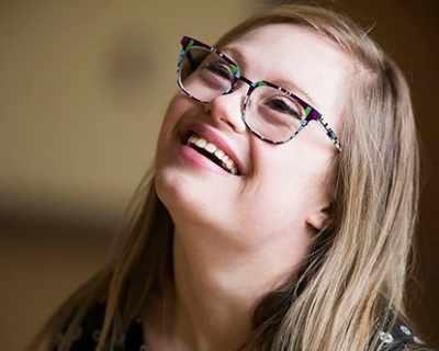 Момиче със синдром Даун на конкурс за красота