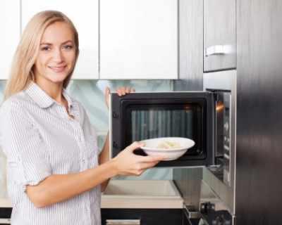 7 храни, които не бива да топлите в микровълновата