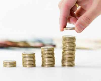 Американец плаща данъка за колите си с монети по 1 цент